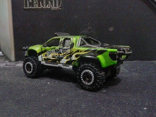 Hotwheels - Sandblaster Green Flame 3 (Customized Wheels)