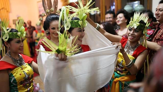Traditional wedding ceremony in Palangkaraya, central Borneo, Indonesia....