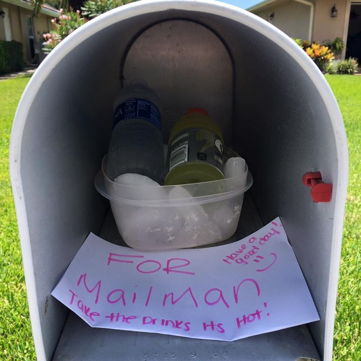 Pay it forward Random acts of kindness Mailman gift