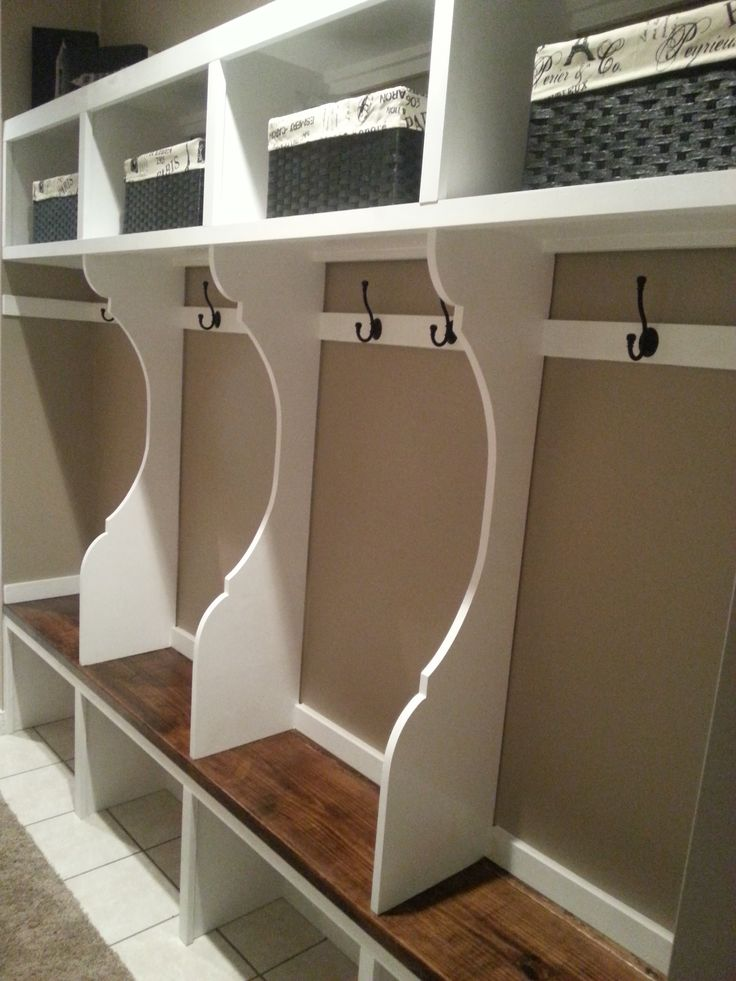 Mudroom Storage Do It Yourself : Mudroom furniture lockers locker system do it