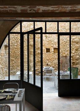 Baies vitrée, verrière, fenêtre : 15 photos pour laisser entrer la lumière