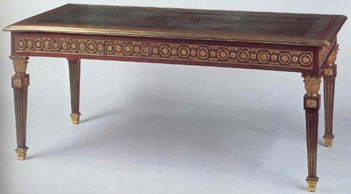 French Neoclassical Table With Square Tapered Louis Xvi