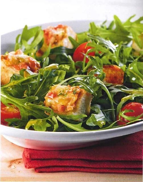 Baguette salade: (3 porties)  100g rucola,  400g cherrytomaten,  1 doos Dr. Oetker Bistro Baguette Fromage & Tomate,  2 el balsamico azijn,  1 tl mosterd,  4 el olijfolie,  zout en peper.    Bereiding salade:  verwarm de oven voor op 200*C. Was de rucola en halveer de tomaten. Snijd de gebakken Bistro's in kleine stukjes. Meng de balsamico met de olijfolie en mosterd goed door elkaar. Breng op smaak met zout en peper. Doe de sla, tomaten en Bistro's in een kom en giet de dressing erover.
