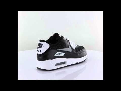 Nike Air Max 90 Prem Mesh Gs yeni sezon çocuk koşu ayakkabı  http://www.vipcocuk.com/cocuk-kosu-ayakkabisi vipcocuk.com'da satılan tüm markalar/ürünler  Orjinaldir ve adınıza faturalandırılmaktadır.   vipcocuk.com bir KORAYSPOR iştirakidir.