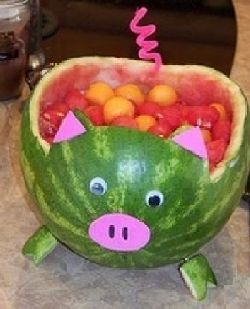 Little piggy full of fruit.  See more barnyard birthday party and birthday parties for kids on www.one-stop-party-ideas.com