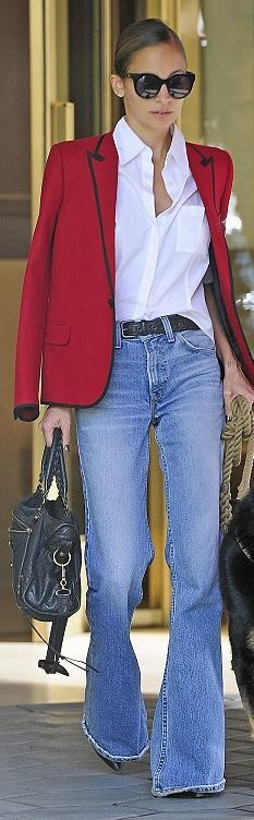 Who made Nicole Richie's red blazer, black sunglasses, and leather handbag?