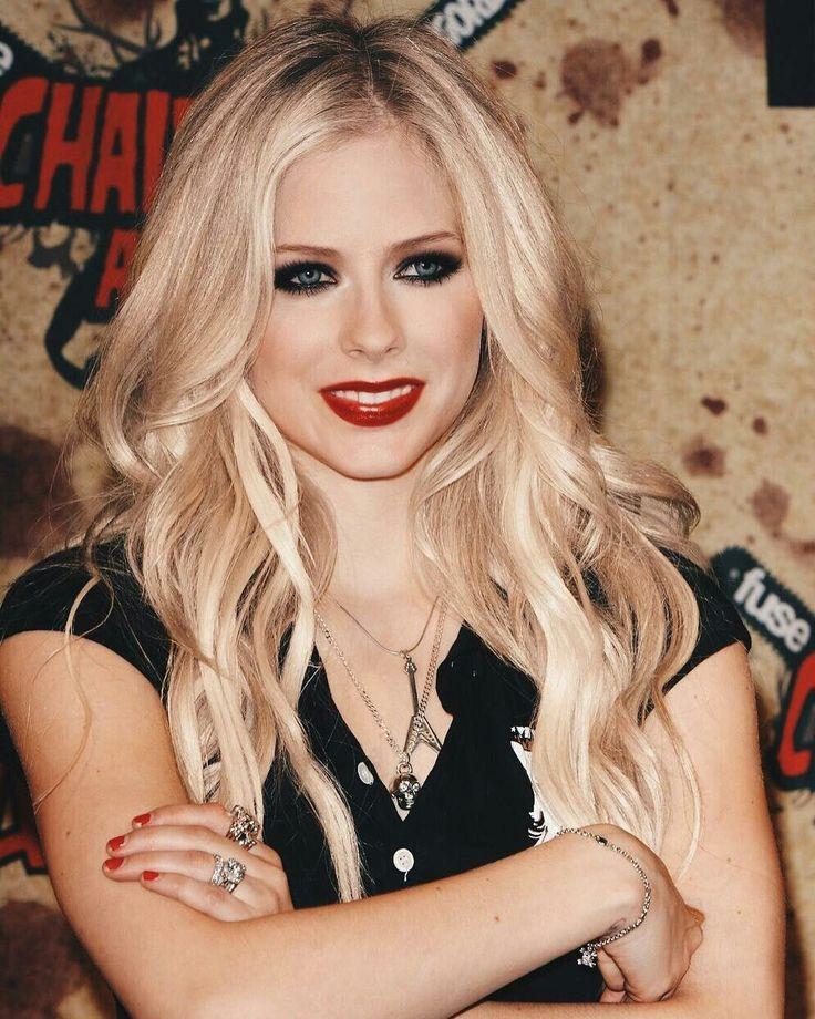 *Avril Lavigne - all for beauty ->>> | https://tpv.sr/1QoBwpn/