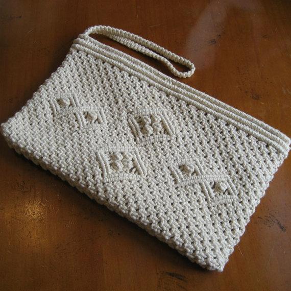 vintage Antique Cream Crochet Clutch <3