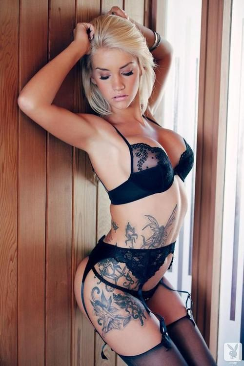Hot tattooed girls nude playboy — pic 14