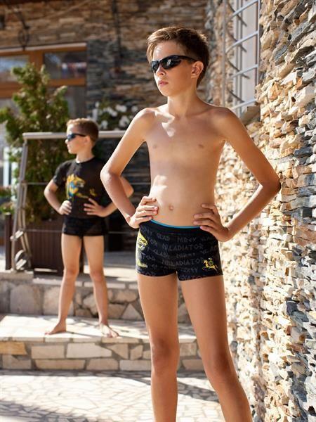 Мальчики шорты фото