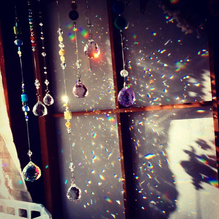 虹のシャワー rainbow shower  suncatcher crystal beads handmade craft