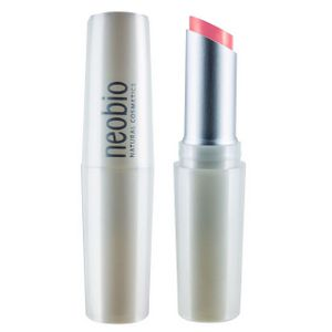 Губная помада, 02 коралловая страсть NeoBio NeoBio (Германия)  Обеспечивает комплексный эффект:      дарит губам насыщенный цвет;     предотвращает образование трещинок на губах;     защищает;     восстанавливает упругость кожи губ;     предотвращает сухость, шелушение;     способствует лучшей регенерации кожи губ;     оттенок 02 коралловая страсть