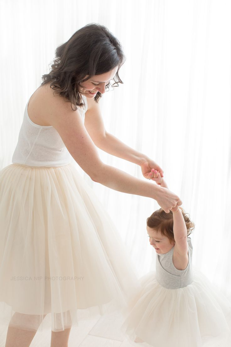 Mother daughter dance in matching tulle skirts | Toronto, Canada | Jessica Nip Photography | www.jessicanip.com