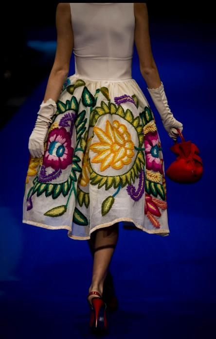 Moda Peruana, inspirado de los motivos de la manta Huancaina -JHabich14