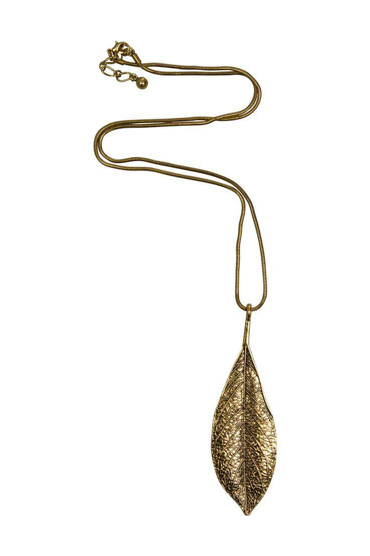 Adorne - Leaf Pendant Necklace #nina #proudman #offspring