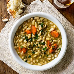 Crockpot Meal from Sunset Magazine-Flageolet Beans with Rosemary and Thyme. You can replace the flaeolet beans with navy beans. I made this and I loved it. Xtina
