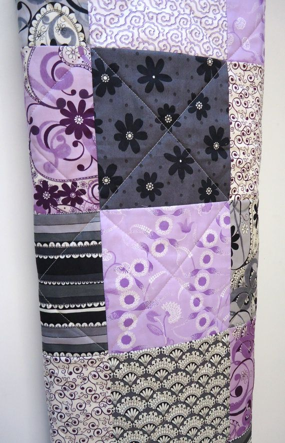 Baby Quilt-Modern Baby Girl Quilt-Purple and Charcoal Gray Grey-Wild Jasmine Patchwork Crib Baby Blanket-Nursery Baby Bedding on Etsy, 71,90€