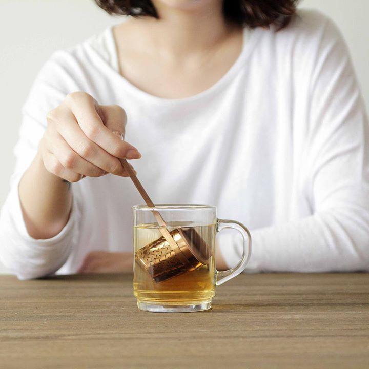 Sunday. Time to chill with our award winning Weaver Tea Infuser by TOAST Living Such a joy to use that you'll probably find yourself making a cup of tea just for an excuse to use it again. ได้เวลาผ่อนคลายในวันอาทิตย์สุดสัปดาห์กับผลิตภัณฑ์ที่ได้รับรางวัลการันตีกับ TOAST Living คุณจะเพลิดเพลินยิ่งขึ้นไปกับอรรถรสการดื่มชา ทำให้คุณต้องหวนกลับมาใช้อีกครั้งแล้วครั้งเล่า. @ the OBJECT ROOM.