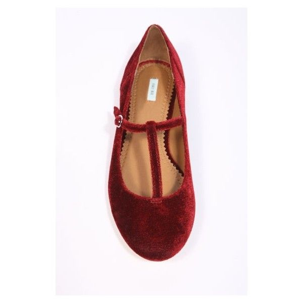 Kimchi & Blue Burgundy Velvet T-Bar Shoes ❤ liked on Polyvore featuring shoes, flats, flat shoes, burgundy flats, t bar flat shoes, velvet shoes and velvet flat shoes