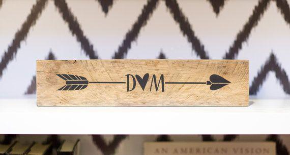 Personnalisé flèche bois récupéré signe Decor | Cadeau pour elle | Cadeau de mariage | Suivez votre flèche | Accessoires décoration rustique | Boho Chic Decor