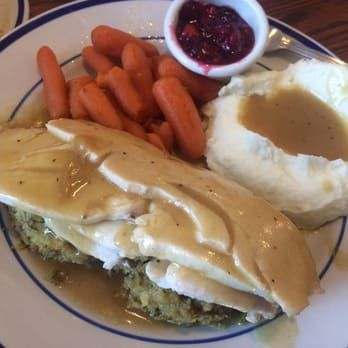 GLAZED CARROTS Bob Evans Restaurant Copycat Recipe 8 medium carrots ( about 1 1/4 lbs. ) 3/4 cup water 2 tablespoons butter ...