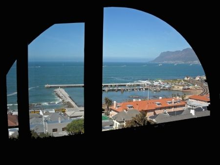 Self Catering Accommodation, Kalk Bay, Cape Town   Spectacular coastal views of the bay