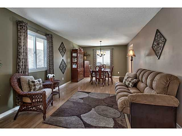 H3127490, 134 JACQUELINE BL, Hamilton, Freehold 2 Storey Detached for sale in Allison, ON. View this property's information, photos, map and local neighbourhood data.