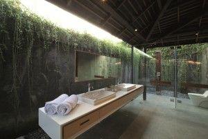 Bathroom Area By Tabú