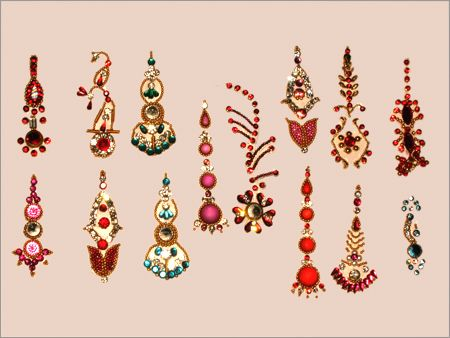 Google Image Result for http://1.bp.blogspot.com/-5ZUGRVZ6enA/TcnZ5egimHI/AAAAAAAAAEo/W08X9clmxps/s1600/bindi-color-to-your-face.jpg