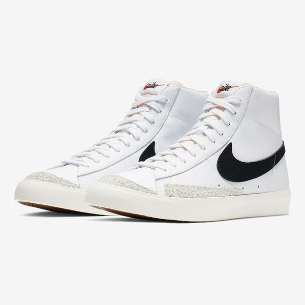 Nike BLAZER MID '77 VNTG (BQ6806 100) | Vintage sneakers