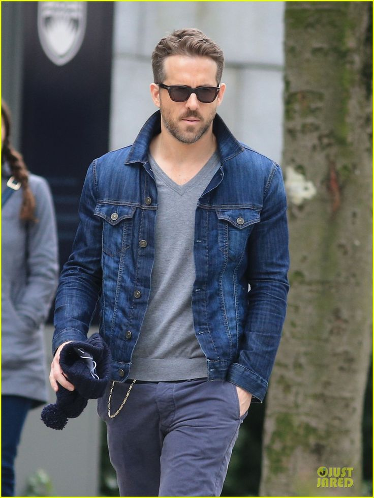 Ryan Reynolds Unloads Hollywood Hills Bachelor Pad for $1.4 Million! | Ryan Reynolds Photos | Just Jared