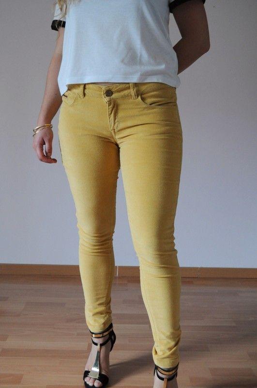 Slim en velours jaune - vinted.fr
