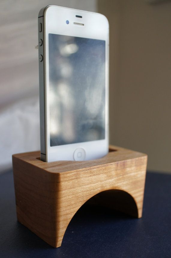 Carved wood iPhone speaker. Elegant Iphone accessory by EOSDesign