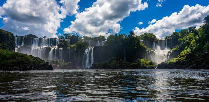El Lago Titicaca en Perú y Bolivia, además de los Esteros del Iberá en Argentina son algunas de las 20 maravillas naturales de Sudamérica, escogidas por Rutas 365. Conoce las demás en el siguiente enlace: http://www.rutas365.com/20-maravillas-sudamericanas-naturales/