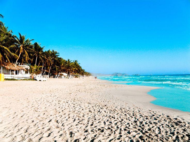 Un viaje a un paraíso no muy explotado porel turismo en el que disfrutar de paradisíacas playas. Hablamos de un #viaje a Isla Margarita. Descubre las playas de Isla Margarita de arena blanca y aguas limpias en las que aprovechar para hacer fantásticas inversiones de buceo o snorkel. Encuentra aquí tu viaje ideal a Isla Margarita. http://www.felicesvacaciones.es/ofertas-viajes-baratos/viajes-isla-margarita/