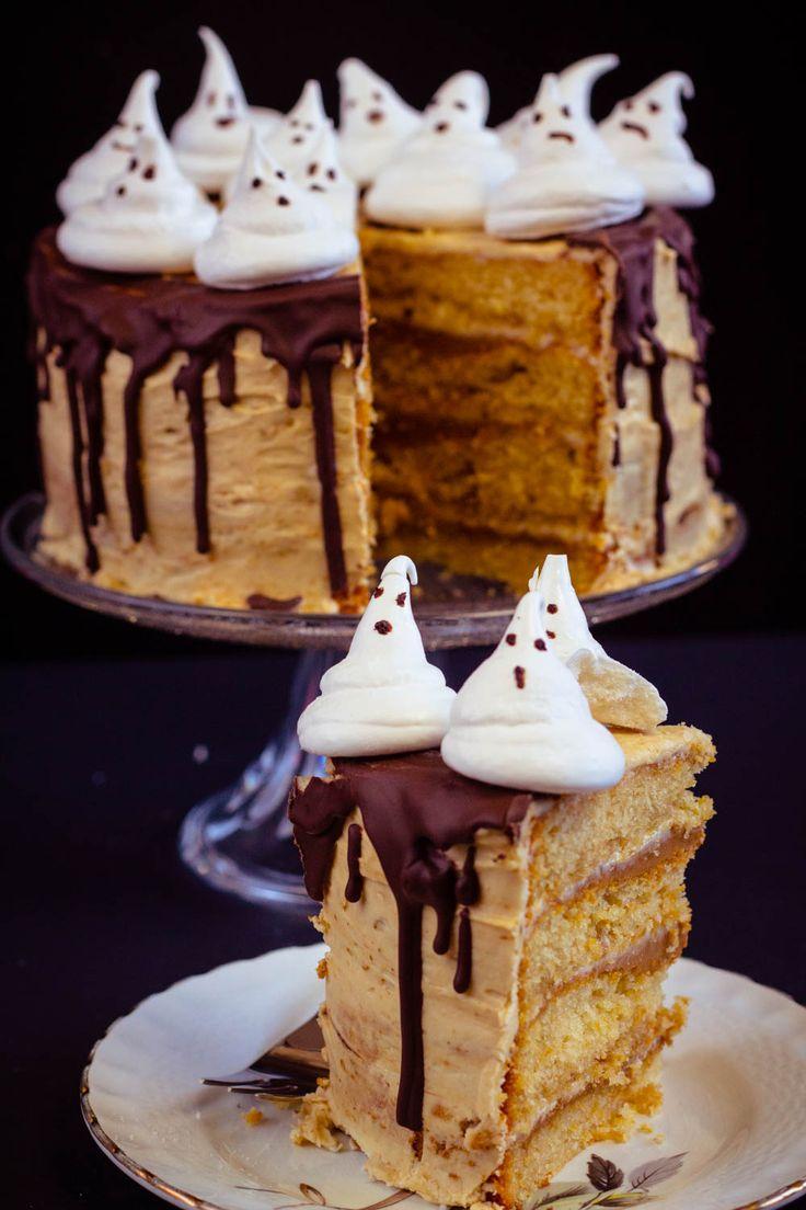 Je dédicace ce gâteau à toutes les sorcières, les monstres, les vampires, les serial-killers, les zombies et même les clowns psychopathes ! Les petits fan
