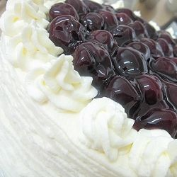 White Forest Cake... the same concept as a black forest!