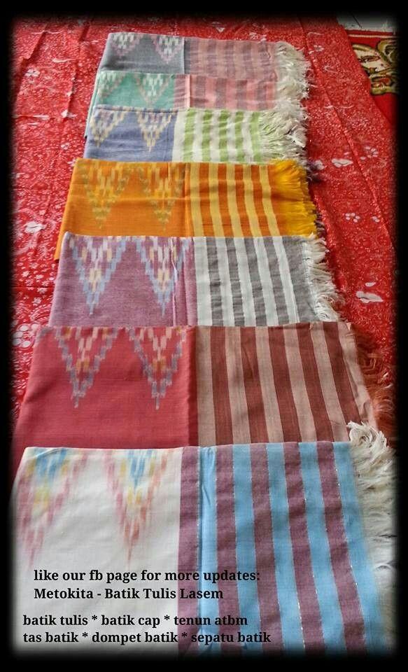 #tenun #sekaf #scarf jepara. The background is #batik #lasem. Visit www.facebook.com/metokita for more