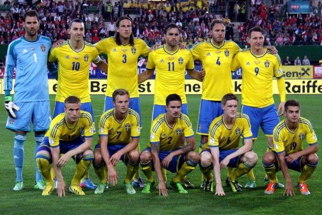 Daftar pemain (skuad) Timnas Swedia yang akan tampil di Euro 2016. Tim dengan 23 pemain pilihan pelatih Erik Hamrén yang diprediksi bakal menjadi kuda hitam di Piala Eropa 2016 khususnya di babak g…