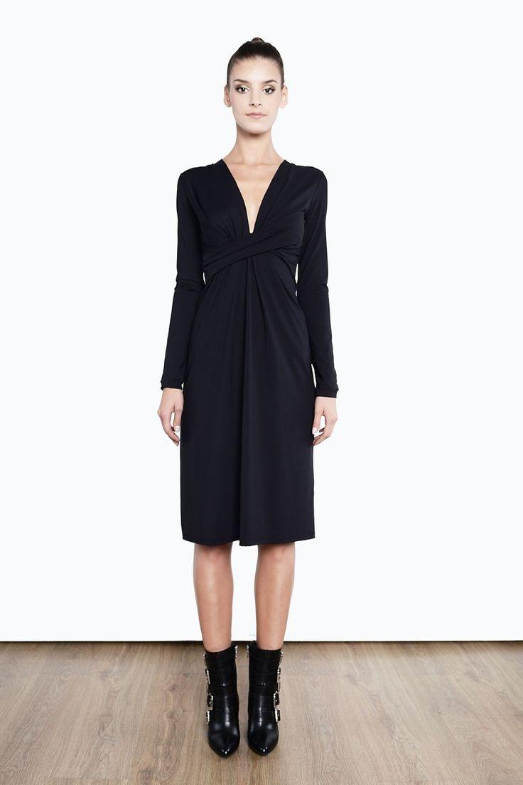 Elegancka sukienka midi z draperią  od Milita Nikonorov