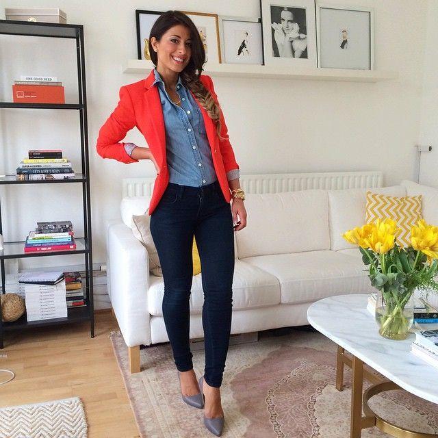 Mimi Ikonn   Denim shirt, bright blazer, skinny jeans, heels