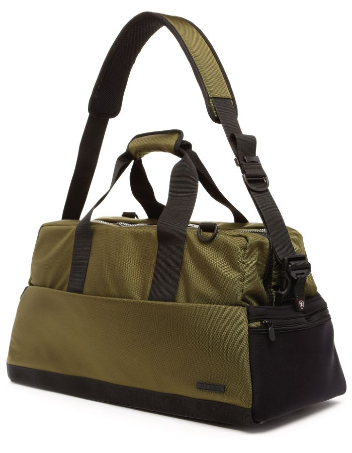 This perfectly-sized carry on features two main zippered compartments—one to stash up to four pairs of sneakers and the other for your clothes, with a fleece-lined laptop compartment up the middle. It