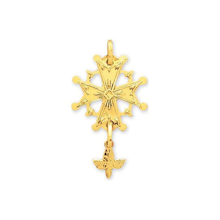 Pendentif croix Huguenote ou croix du Saint Esprit en or jaune 18K.      #modeenfant  #bijouterieenligne #bijouxenor #bijouxargent #boucledoreille #chaineenor #bijouxcorail #célébration #cadeau #occasion #baptême #communion #naissance #bijouxenfant #enligne #gourmette #médaille #portebonheur #bijouxcorailcorse #protecteur #bijouxfantaisie #bijouxmrm  http://www.bijouxmrm.com/celebration.html https://www.facebook.com/Bijoux-MRM-388443807902387/