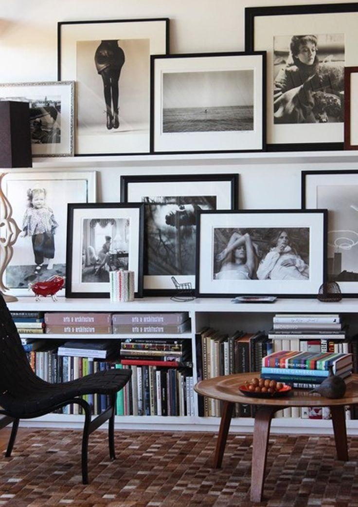 Pile di libri per decorare disordine apparentemente for Cornici nere ikea
