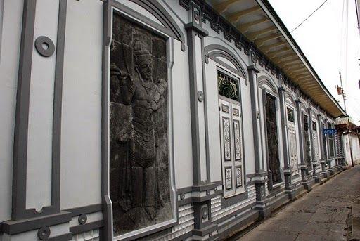 wisata-kota-gede-pengrajin-perak-tradisional-yogyakarta