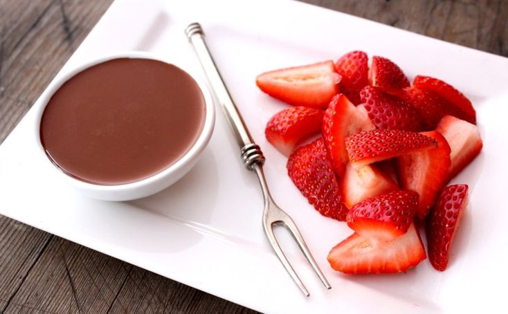 skinnymixer's Guilt Free Chocolate Sauce  Author: skinnymixer's Type: HCG Protocol Cuisine: Dessert Serves: 1 Ingredients 2 tsp raw cacao powder 1 tbsp boiling water 2-5 drops of liquid stevia (to taste) 1 tsp coconut oil (optional for those on LCHF) Directions Put all ingredients into a small bowl and mix well with a spoon....Read More »