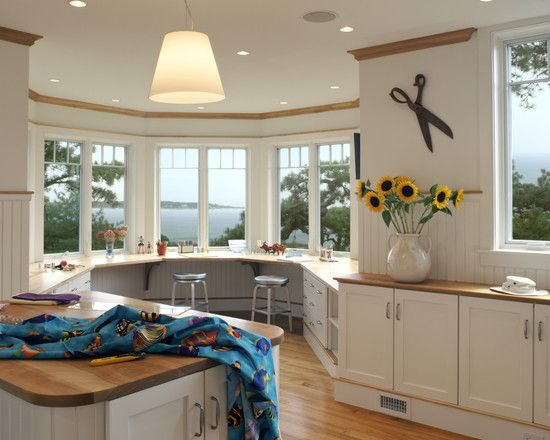 With a view like that, who WOULDN'T be inspired to create? // Home Office Craft Room Design, Pictures, Remodel, Decor and Ideas - page 2