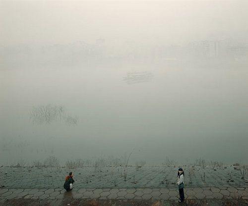 "Bifocal, ""Smog City"" ensayo fotográfico por Jiagang Chen. Arte, fotografia conceptual, paisajes de China."
