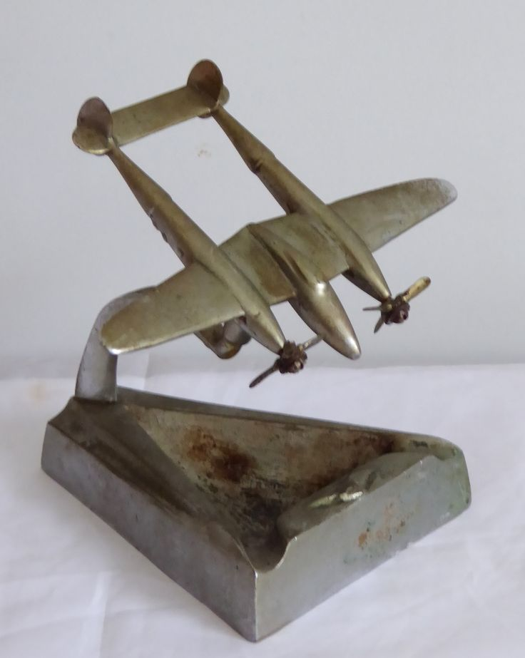 Art Deco WW2 Australian Trench Art RAAF P-38 Lightning Long-Range Fighter Airplane Ashtray - The Collectors Bag