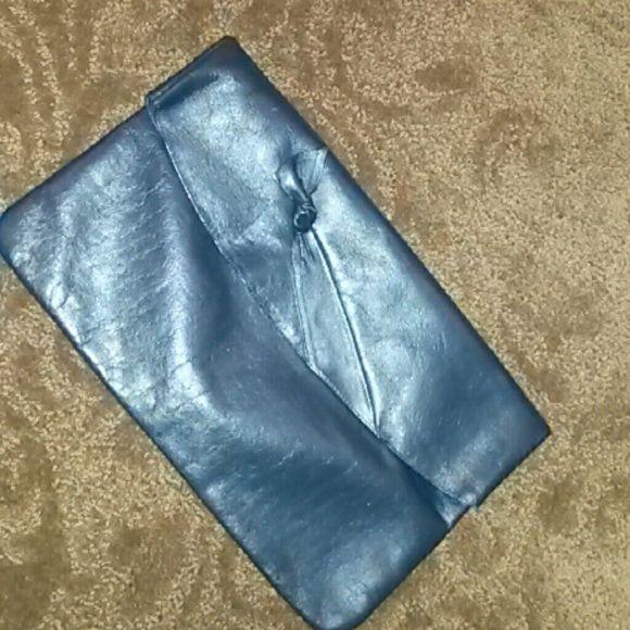 Navy blue leather clutch Navy blue zipper pocket like new Bags
